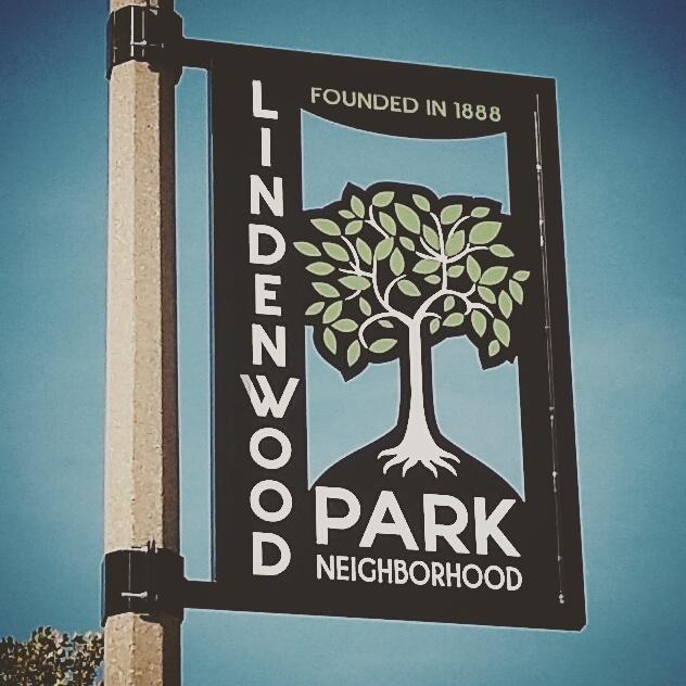 Lindenwood Park St. Louis Pole Banner